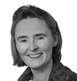 Dr Sarah Cooper portrait